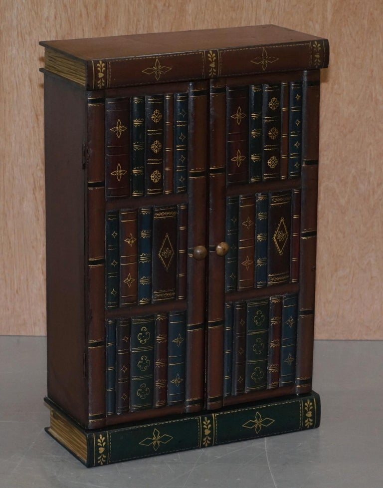 We are delighted to this lovely pair of vintage Faux Book library or study small side tables  A good looking and well-made pair, the faux book style dates back to the early Victorian era and was a great way to hide precious trinkets  We have