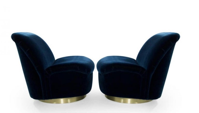 American Pair 1980's Vladimir Kagan For Directional Swivel Tilt Lounge Chairs  For Sale
