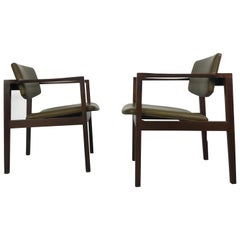 Stunning Pair of Stow Davis Walnut Lounge Chairs, Classic Modernist Design