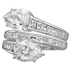 Hancocks Stunning Pear Shaped Diamond Cross Over Ring
