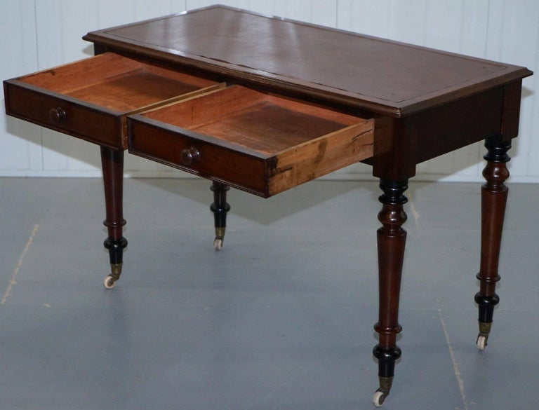 Stunning Period Victorian Mahogany Writing Desk 1860 Lovely Function Piece For Sale 3
