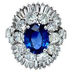 Stunning Platinum Ring Set with Sapphire 2.48 Carat and 5.60 Carat Diamonds