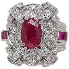 Stunning Platinum Ring with 1.14 Carat Ruby and Diamonds