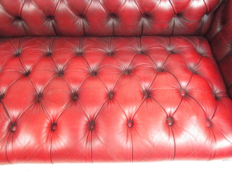 Stunning Red Leather Mid-Century Chesterfield Sofa For Sale 5