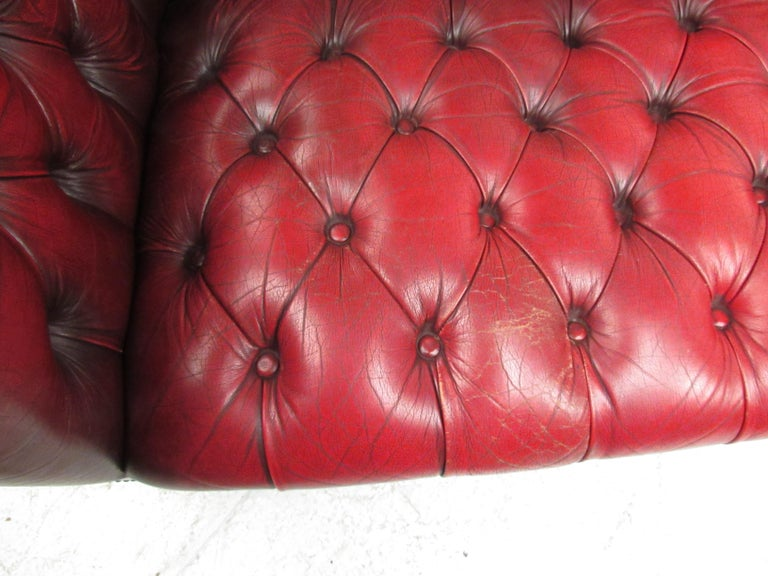 Stunning Red Leather Mid-Century Chesterfield Sofa For Sale 4