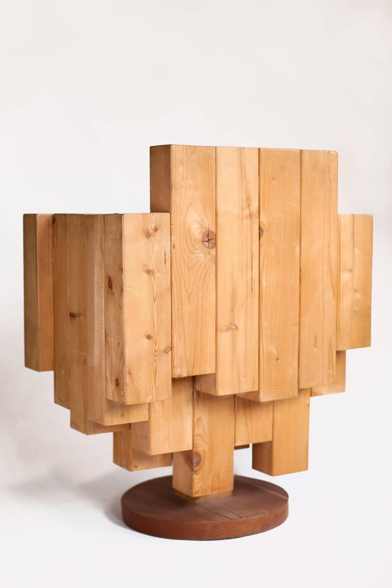 Unique Sculptural Cubist Armchair in Pine Wood by Giorgio Mariani, Italy 2005 In Good Condition For Sale In New York, NY