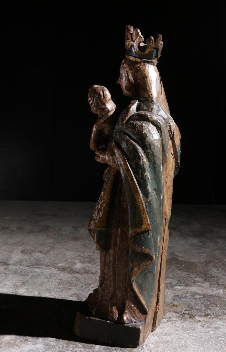 Stunning Sculpture Wood