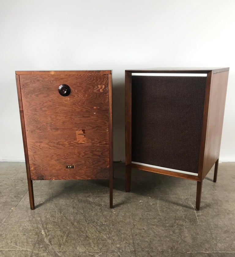 Stunning Stylized Mid-Century Modern Electro Voice Stereo Speakers in Walnut For Sale 1