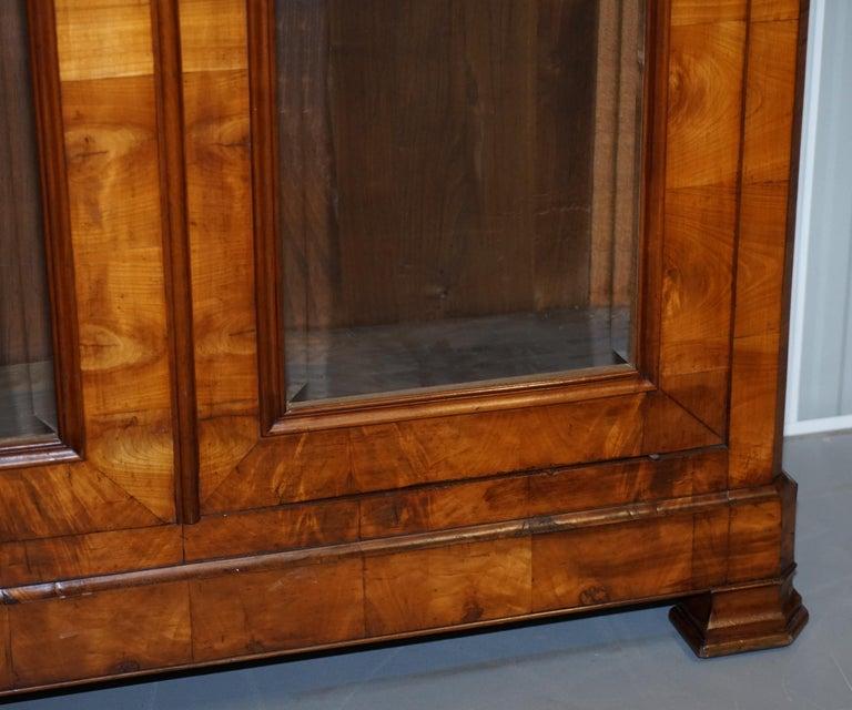 Grand Swedish Biedermeier Cherry Wood Armoire Wardrobe, circa 1880 For Sale 1