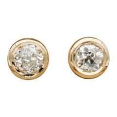 Stunning Victorian 1.58 Carat Old Mine Cut Diamond Solitaire 18 Karat Earrings