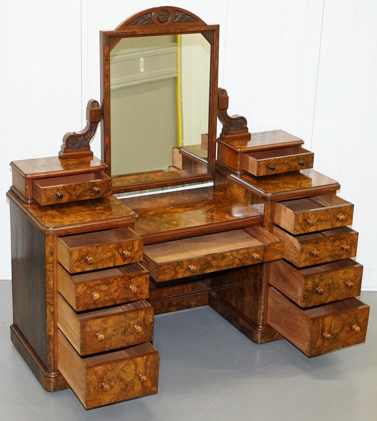 Stunning Victorian Collinge's Burr Walnut Dressing Table with Drawers and Mirror For Sale 7