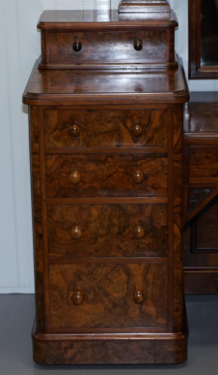 English Stunning Victorian Collinge's Burr Walnut Dressing Table with Drawers and Mirror For Sale