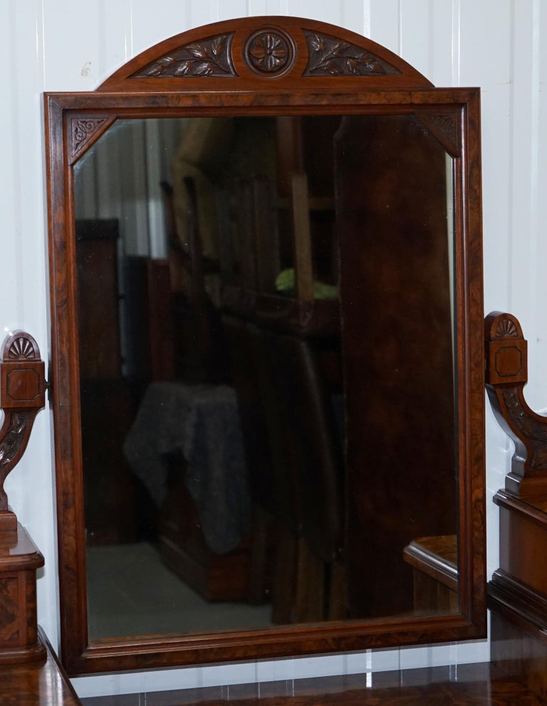 Stunning Victorian Collinge's Burr Walnut Dressing Table with Drawers and Mirror For Sale 2