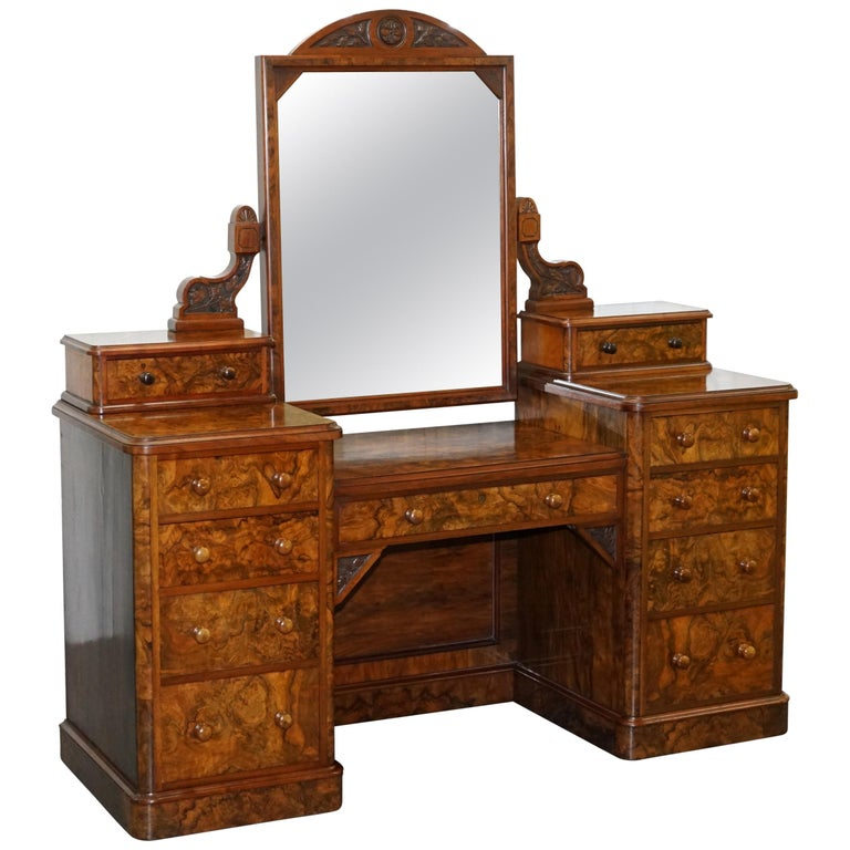 Stunning Victorian Collinge's Burr Walnut Dressing Table with Drawers and Mirror For Sale