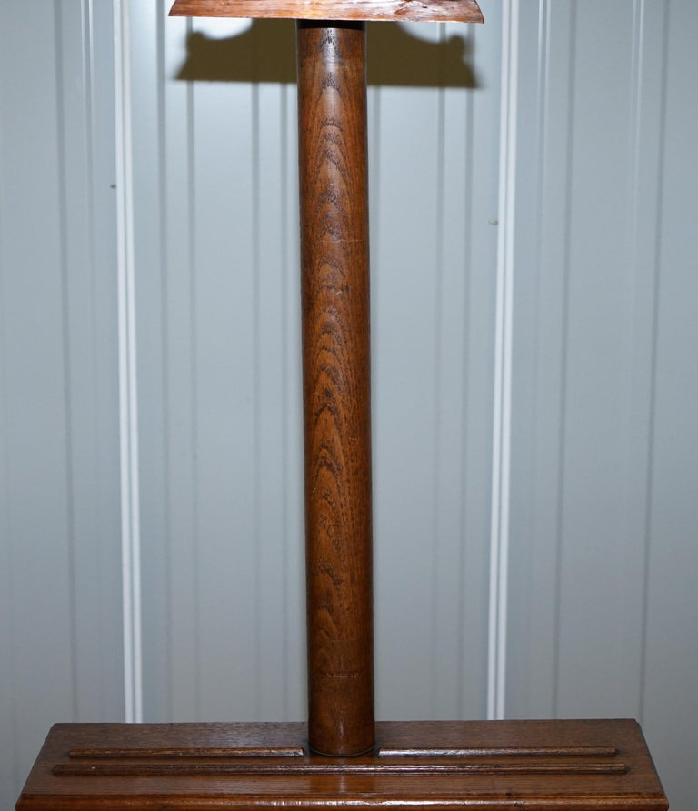 Bronze Stunning Victorian Hand Carved Painting Easel with Display Light for Artists For Sale