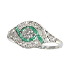 Stunning Vintage Art Deco Diamond and Green Stone Engagement Ring, 1930s