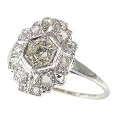 Stunning Vintage Art Deco Diamond Engagement Ring, 1920s