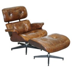 Stunning Vintage Heritage Brown Leather Lounge Armchair and Matching Ottoman