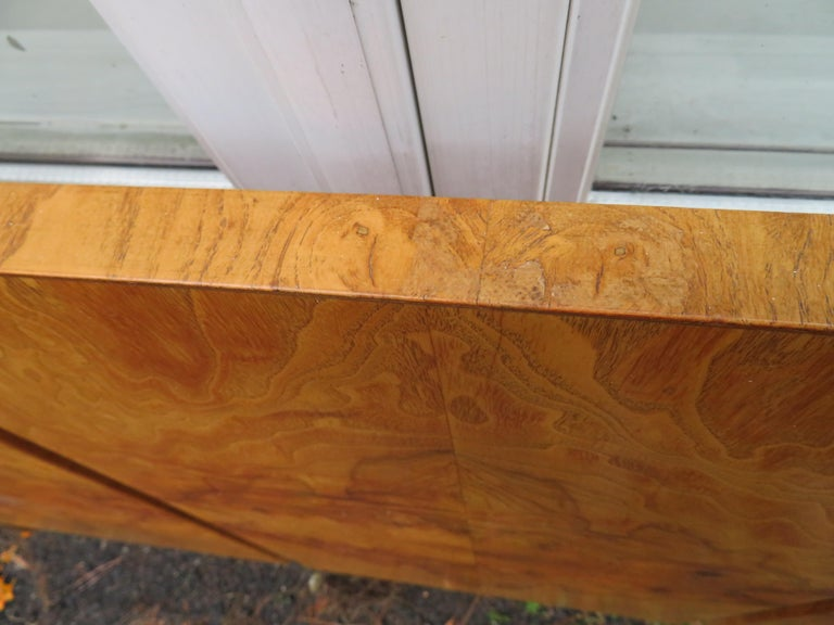 Stunning Vintage Milo Baughman Style Burl Wood King Headboard Lane For Sale 2