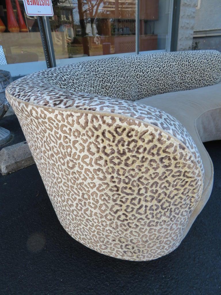 Stunning Vladimir Kagan Curved Serpentine Cloud Sofa Mid-Century Modern For Sale 1