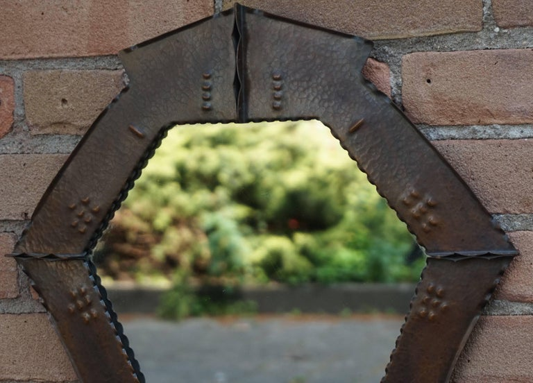 Stunningly Handcrafted Copper Arts & Crafts Wall Mirror, Early 20th Century In Excellent Condition For Sale In Lisse, NL