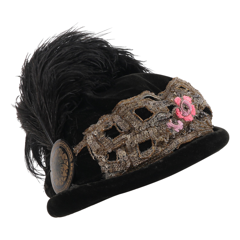 STYLE SQUARE Distinctive Hats c.1910's Rolled Brim Ostrich Velveteen Cloche Hat