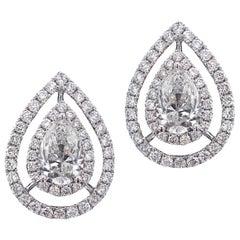 Stylish 18 Karat White Gold and Diamond Ring and Earring Set