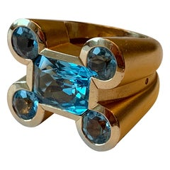 Stylish and Bold 18 Karat Rose Gold Aquamarine Ring