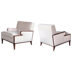 Stylish and Comfortable Pair of American 1960s Upholstered Club Chairs