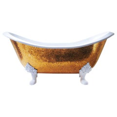 Stylish Bathtub Hand Decorated with Mosaic Gold Leaf on Back