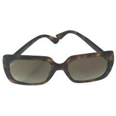Stylish Brown Gucci Sunglasses