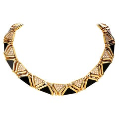 Stylish Diamond Onyx 18 Karat Yellow Gold Choker Necklace