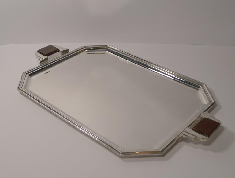 Stylish French Art Deco Cocktail Tray in Silver Plate, circa 1930s In Excellent Condition For Sale In London, GB