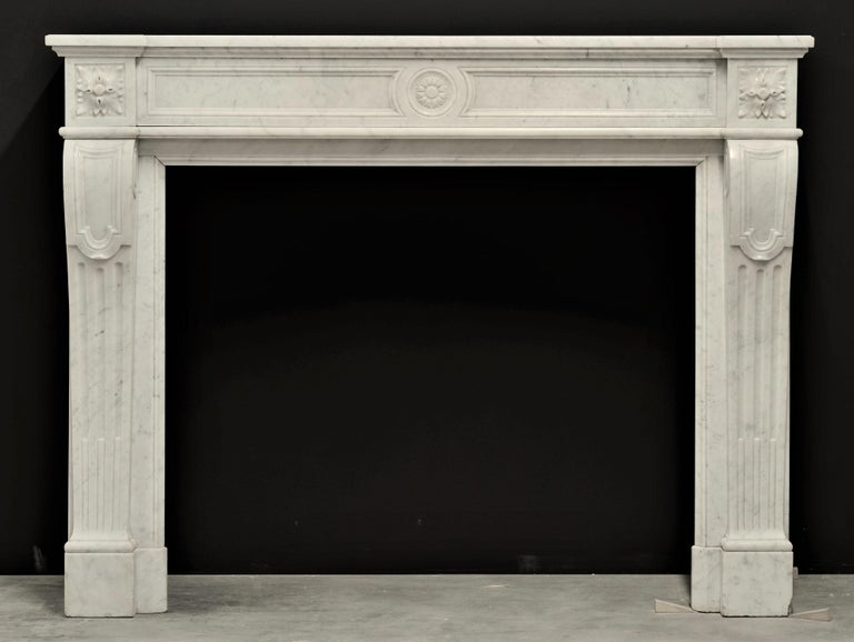 Beautiful detailed 19th century French Louis XVI fireplace mantel.