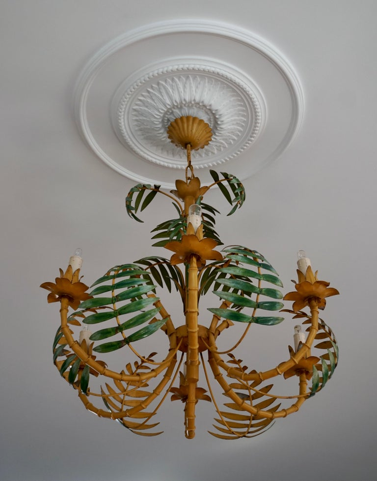 Stylish Hollywood Regency Tole and Faux Bamboo Chandelier Pendant In Good Condition For Sale In Antwerp, BE