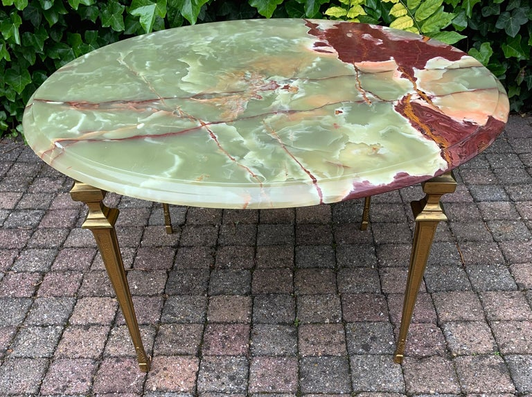 Stylish & Majestic Looking 1950s, Bronze and Green Round Top Onyx Coffee Table In Excellent Condition In Lisse, NL