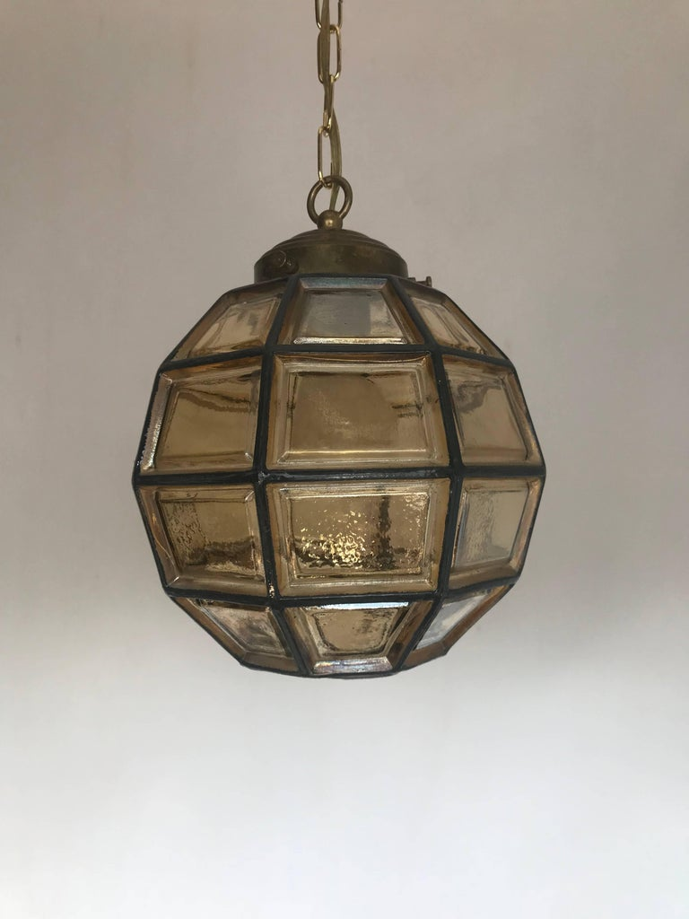 Stylish Mid-Century Modern Facetted and Lined Glass Pendant or Ceiling Lamp For Sale 12