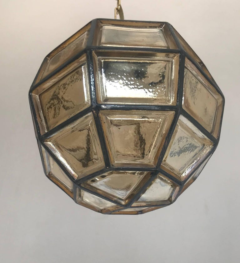 Stylish Mid-Century Modern Facetted and Lined Glass Pendant or Ceiling Lamp For Sale 13