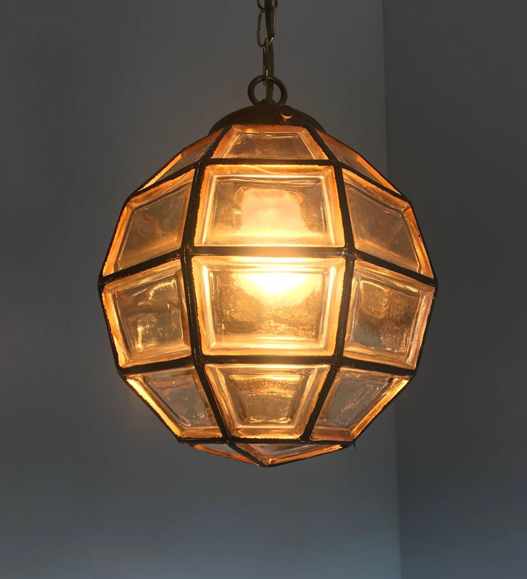 European Stylish Mid-Century Modern Facetted and Lined Glass Pendant or Ceiling Lamp For Sale
