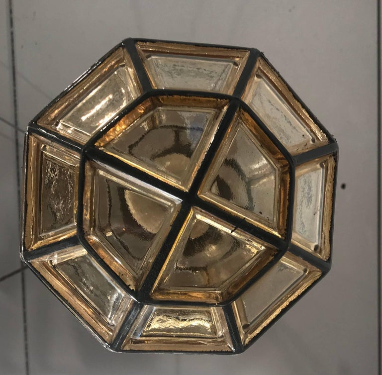 Stylish Mid-Century Modern Facetted and Lined Glass Pendant or Ceiling Lamp For Sale 3