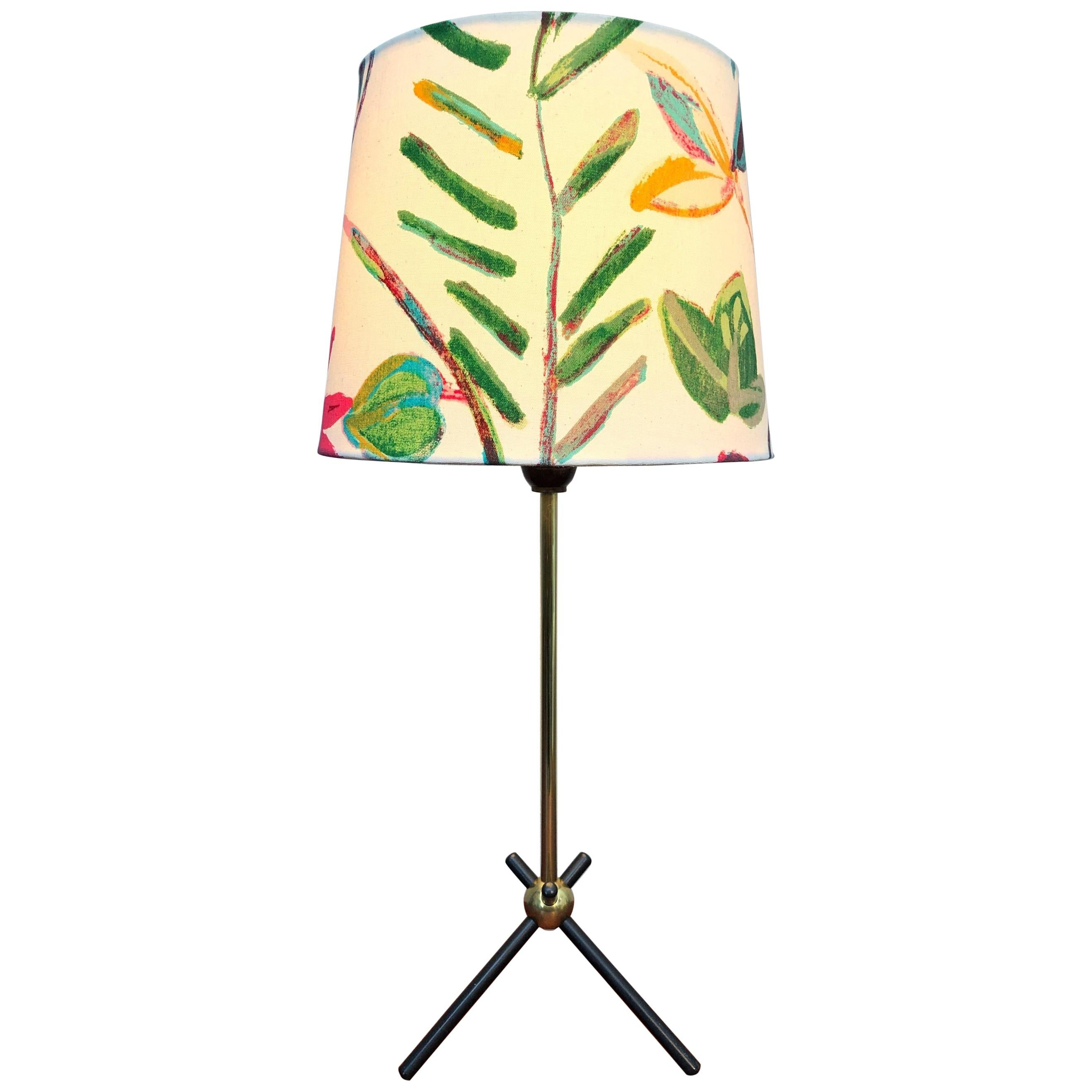 Stylish Mid-Century Modern Table Lamp in Brass
