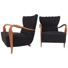 Stylish Pair of Italian Modern Armchairs in the style of Paolo Buffa