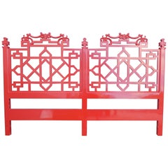 Stylish Red Painting Wood Chinese Chippendale King Sized Heardboard