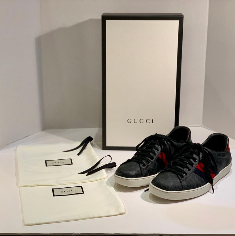 Stylish Retro GUCCI Ace GG Supreme Unisex Sneakers Size 7 Mens or Size 9 Womens For Sale 6