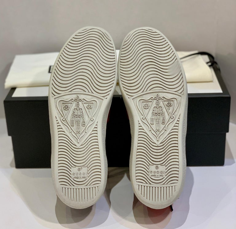 Stylish Retro GUCCI Ace GG Supreme Unisex Sneakers Size 7 Mens or Size 9 Womens For Sale 9