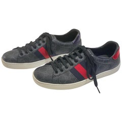 Stylish Retro GUCCI Ace GG Supreme Unisex Sneakers Size 7 Mens or Size 9 Womens