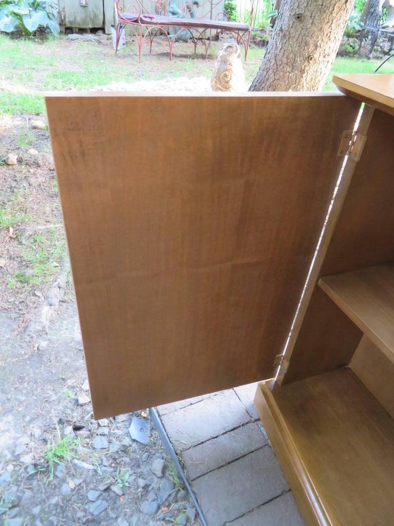 Stylish Slim Harvey Probber Style Midcentury Trefoil Design Console Cabinet For Sale 4