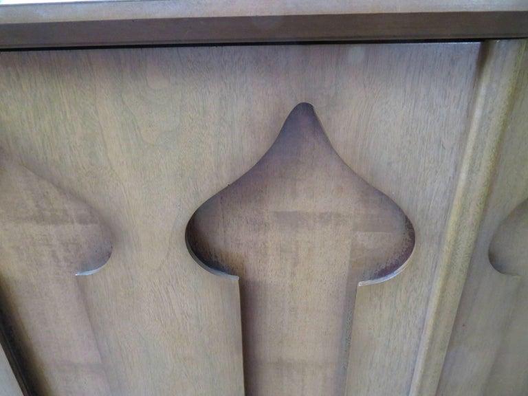 Stylish Slim Harvey Probber Style Midcentury Trefoil Design Console Cabinet For Sale 1