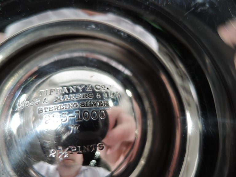 Stylish Tiffany Edwardian Modern Sterling Silver Coffee & Tea Set For Sale 5