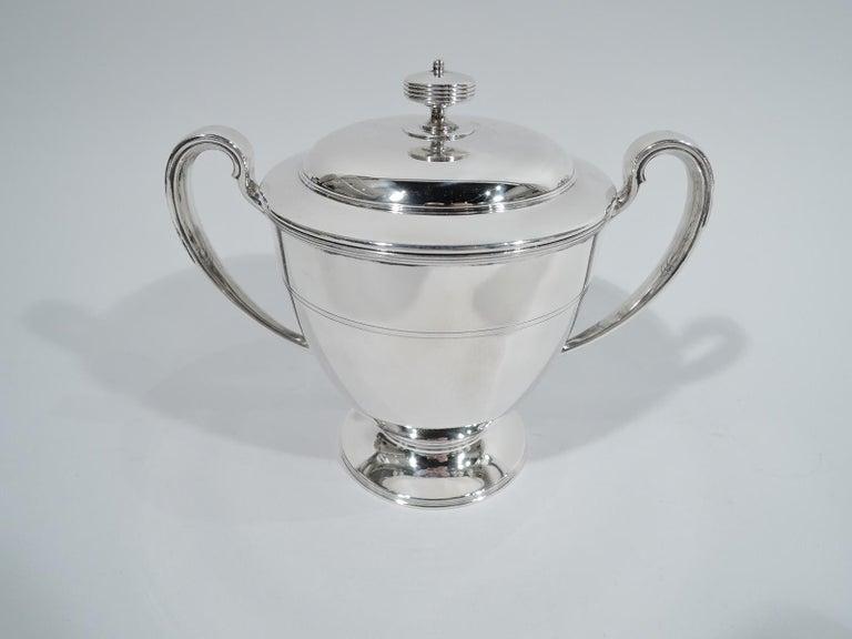 Stylish Tiffany Edwardian Modern Sterling Silver Coffee & Tea Set For Sale 3